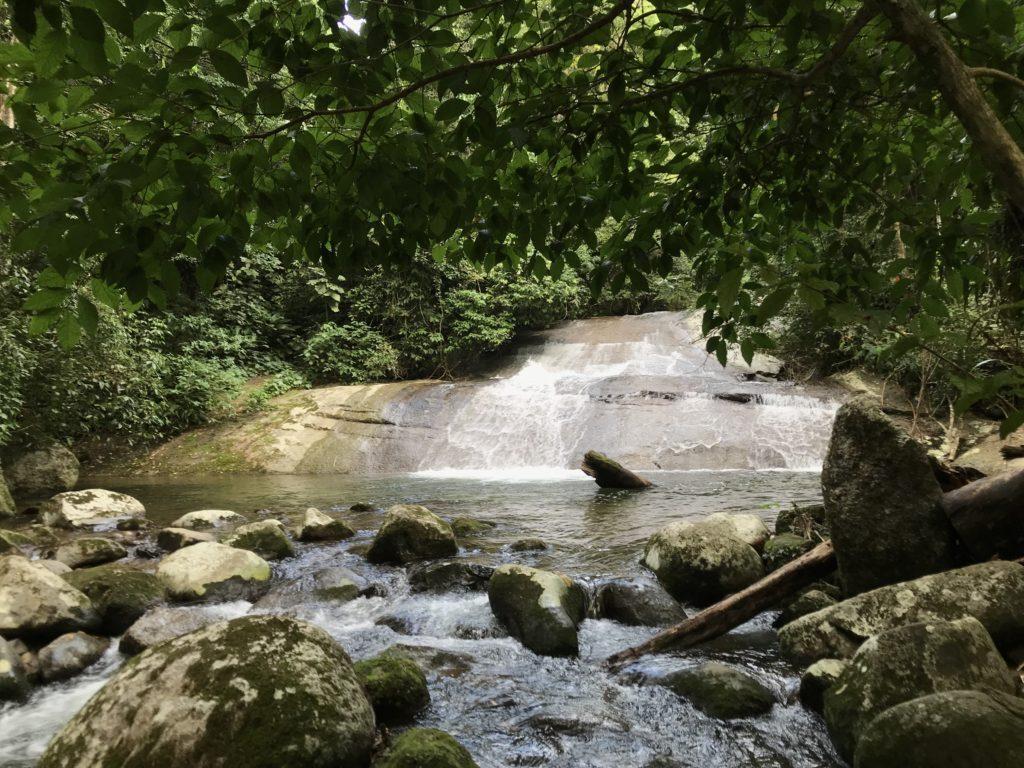Trilha da Água Branca - Poço do Jequitiba
